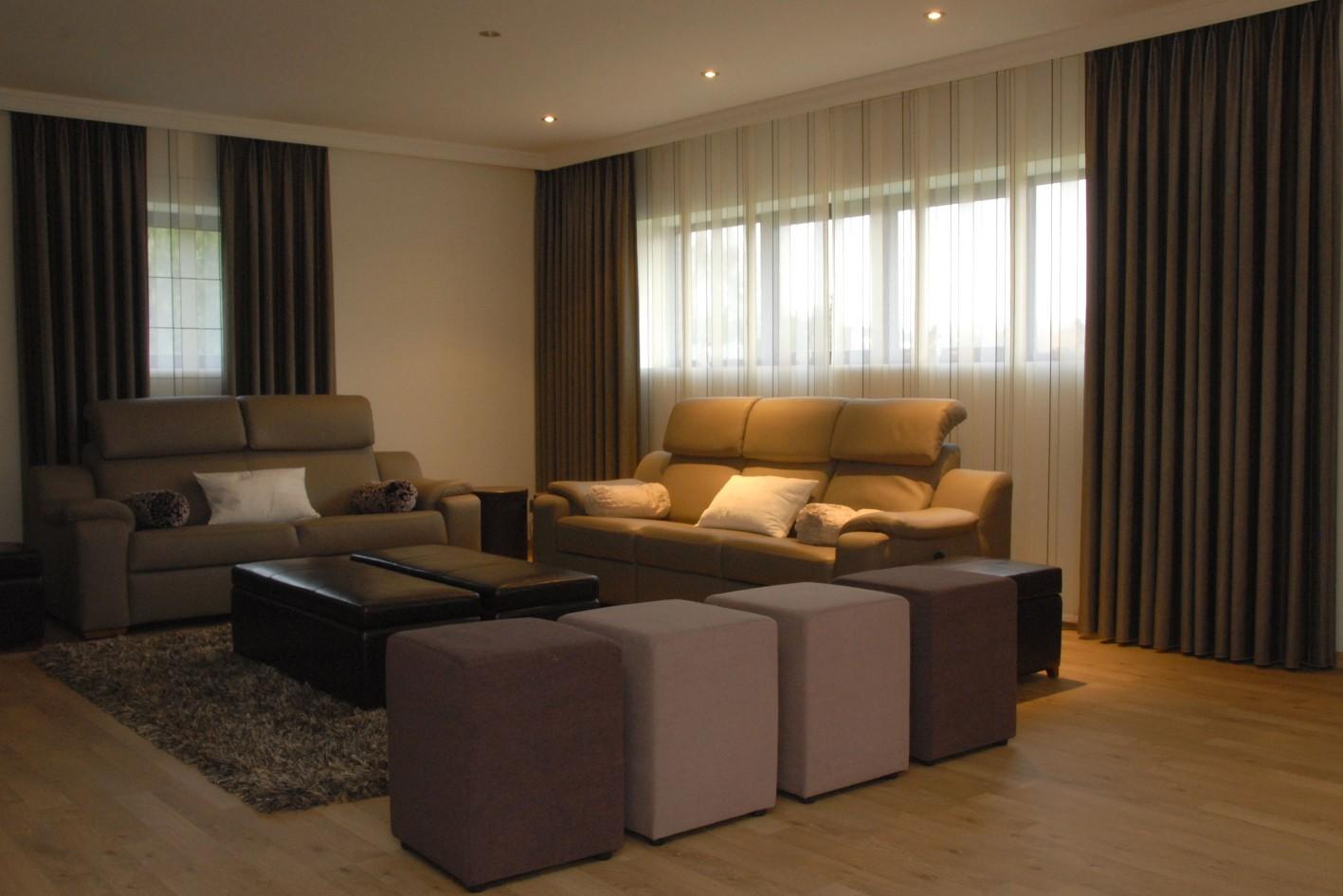 Marijke decoratie gordijnen - Gordijnen voor moderne woonkamer ...